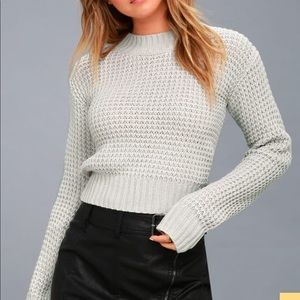 Tops - Light grey cropped sweater